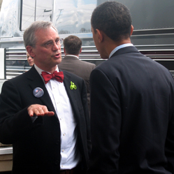 Photo: Cong. Blumenauer talks with Sen. Obama during a campaign stop in Oregon.